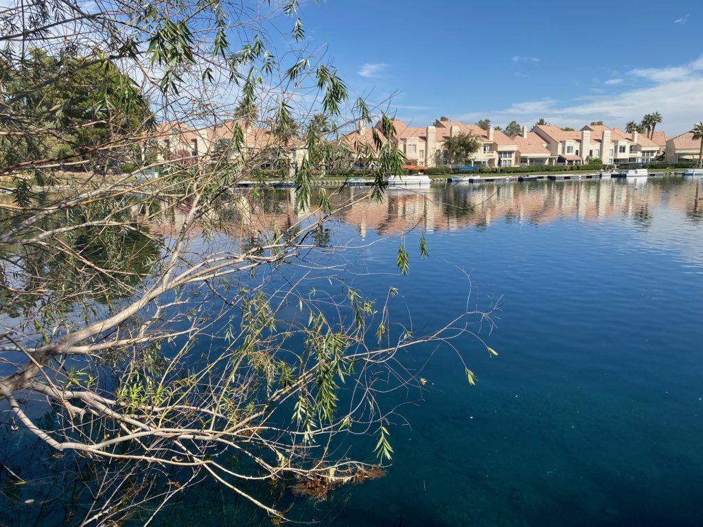 Marche, lake view