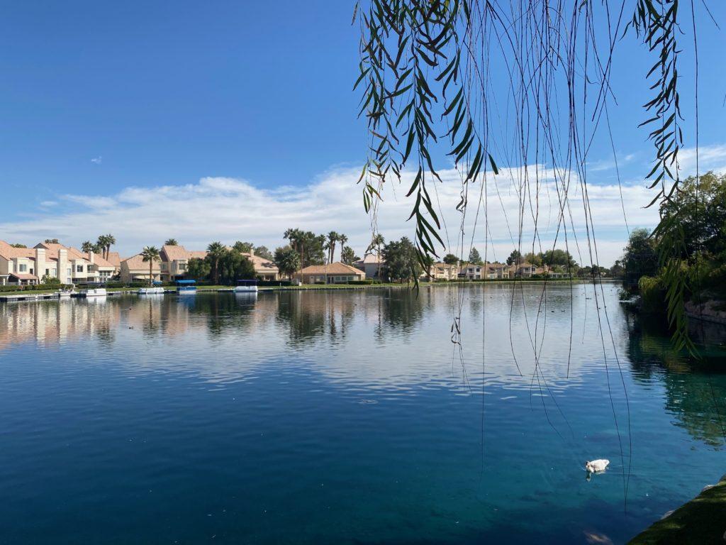 Marche, Regatta Lake