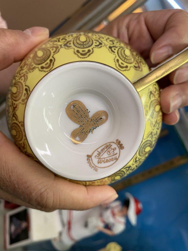 Peddlers antique, ceramic