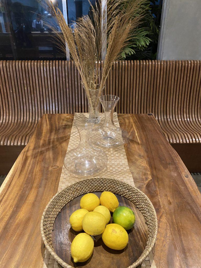 Hapag table